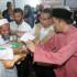 KLANG 22 May 2015. Naib Presiden, Angkatan Belia Islam Malaysia (ABIM), Mohamad Raimi Ab Rahim (kanan), CEO Global Peace Mission (GPM), Halimi Abdul Hamid (2 kanan) dan Volunteer Muslim Charity, Rizwan Hussain (2 kiri) menyerahkan sumbangan bantuan kepada pelarian Rohingya di Rohingya Education Centre. NSTP/ Intan Nur Elliana Zakaria