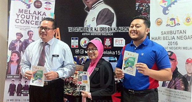 KUALA LUMPUR 26 MEI - Menteri Belia dan Sukan, Khairy Jamaluddin ketika berucap pada program Human Capital Summit di Hotel Sunway Putra di sini hari ini. UTUSAN/AZRUL EDHAM
